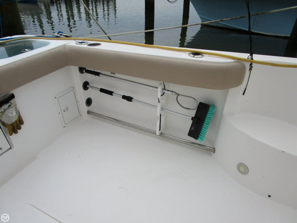 2011 Everglades boat for sale, model of the boat is 320 EX & Image # 28 of 40