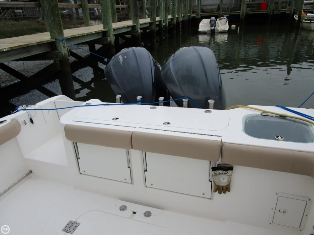 2011 Everglades boat for sale, model of the boat is 320 EX & Image # 30 of 40