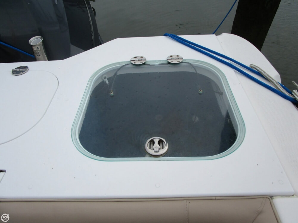 2011 Everglades boat for sale, model of the boat is 320 EX & Image # 31 of 40