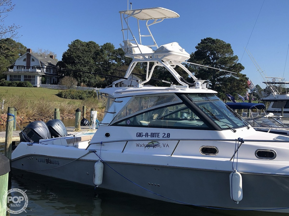 2011 Everglades boat for sale, model of the boat is 320 EX & Image # 5 of 40