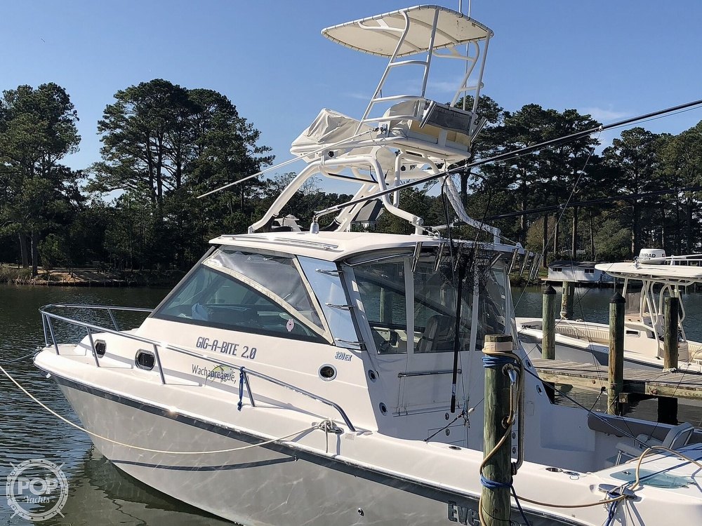2011 Everglades boat for sale, model of the boat is 320 EX & Image # 2 of 40