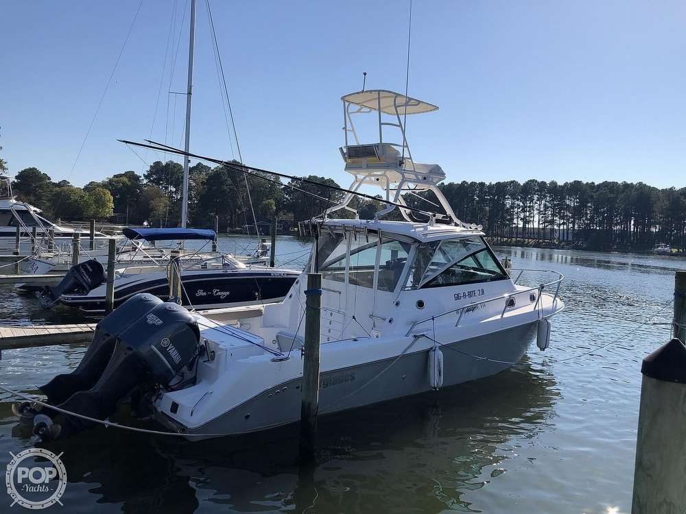 2011 Everglades boat for sale, model of the boat is 320 EX & Image # 3 of 40