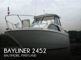 2001 Bayliner 2452