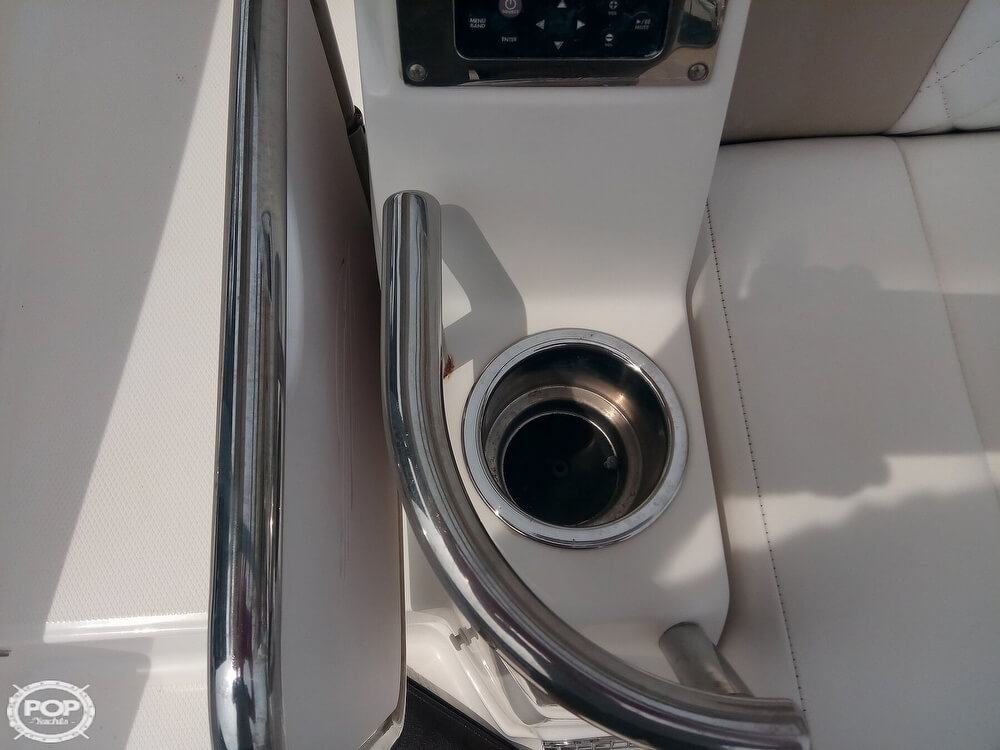 2015 Chaparral boat for sale, model of the boat is 330 Signature & Image # 26 of 40