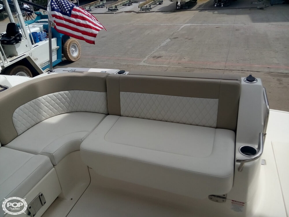 2015 Chaparral boat for sale, model of the boat is 330 Signature & Image # 37 of 40