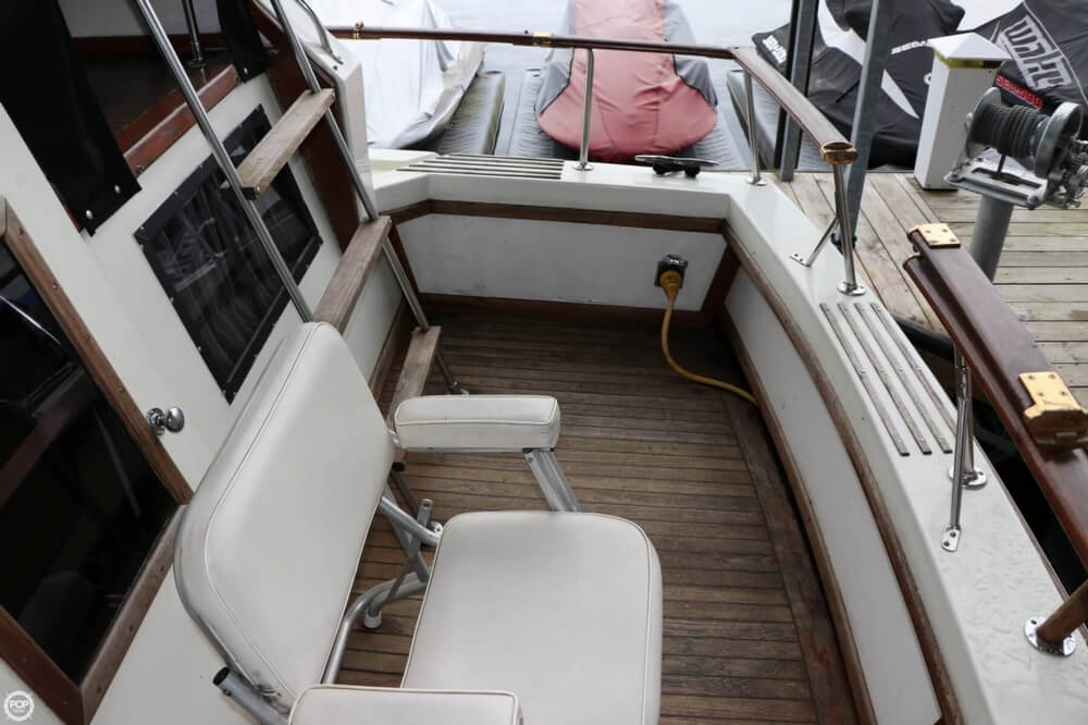 1975 Trojan boat for sale, model of the boat is F-36 Tri-Cabin & Image # 19 of 40
