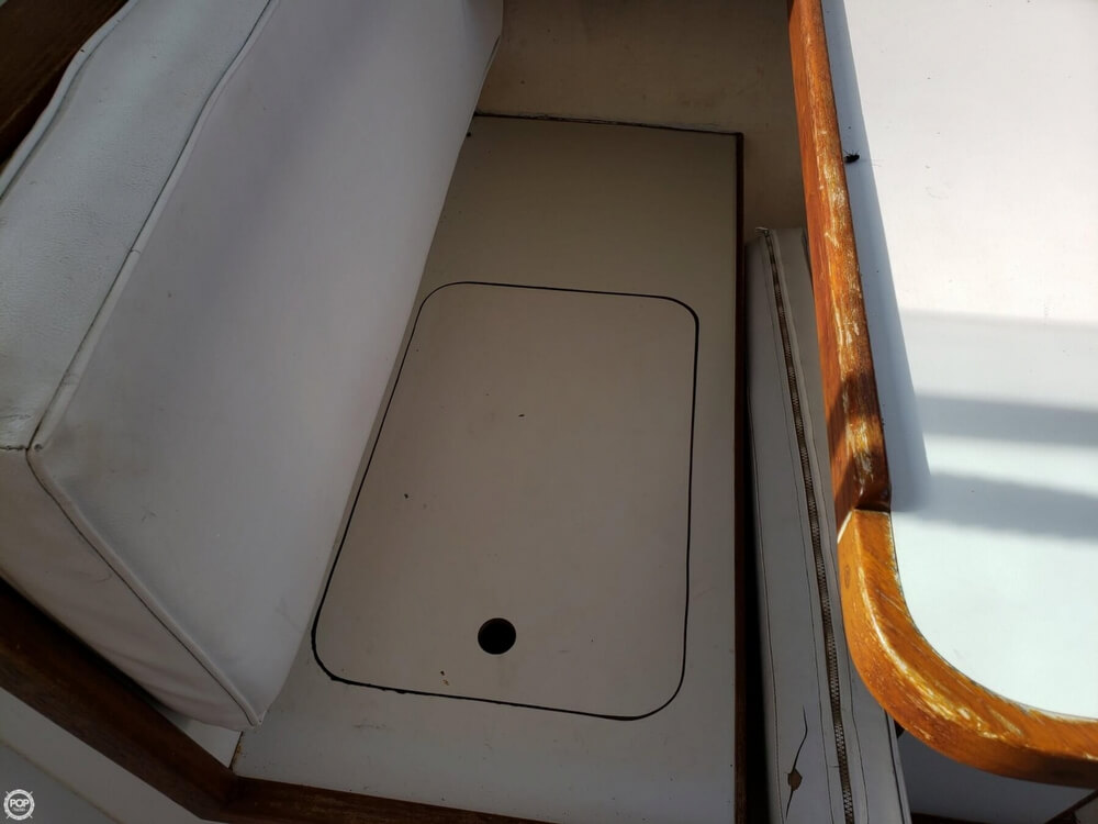 1989 Atlantic boat for sale, model of the boat is 27 & Image # 32 of 41