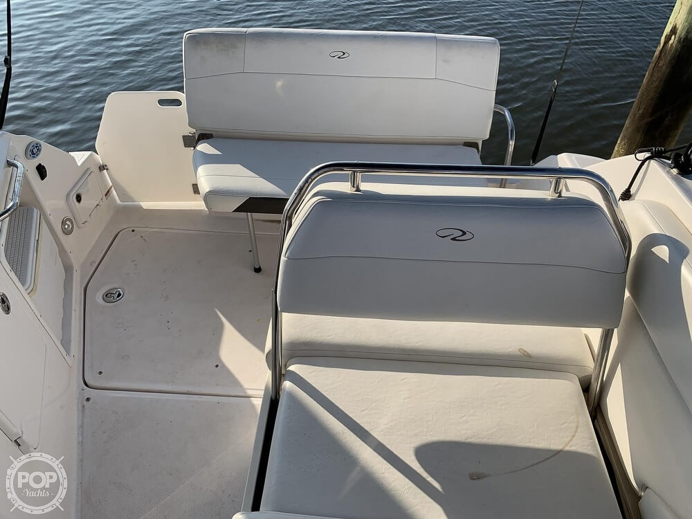 2008 Regal boat for sale, model of the boat is 2565 Window Express & Image # 11 of 40
