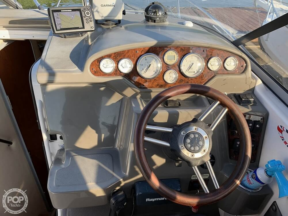 2008 Regal boat for sale, model of the boat is 2565 Window Express & Image # 6 of 40