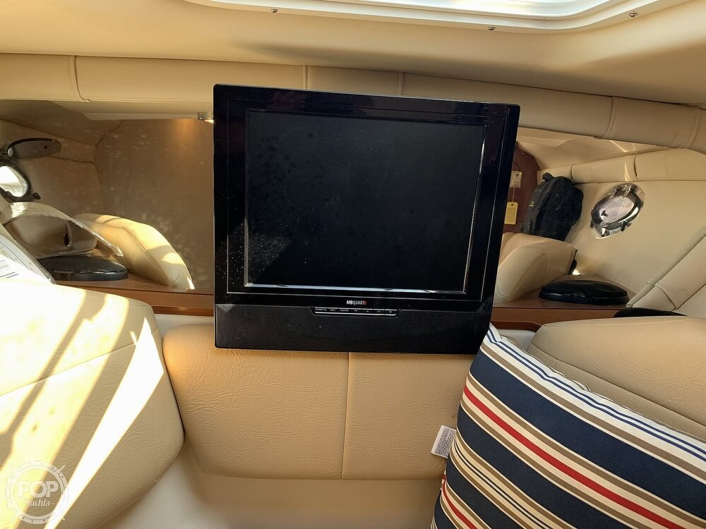 2008 Regal boat for sale, model of the boat is 2565 Window Express & Image # 22 of 40