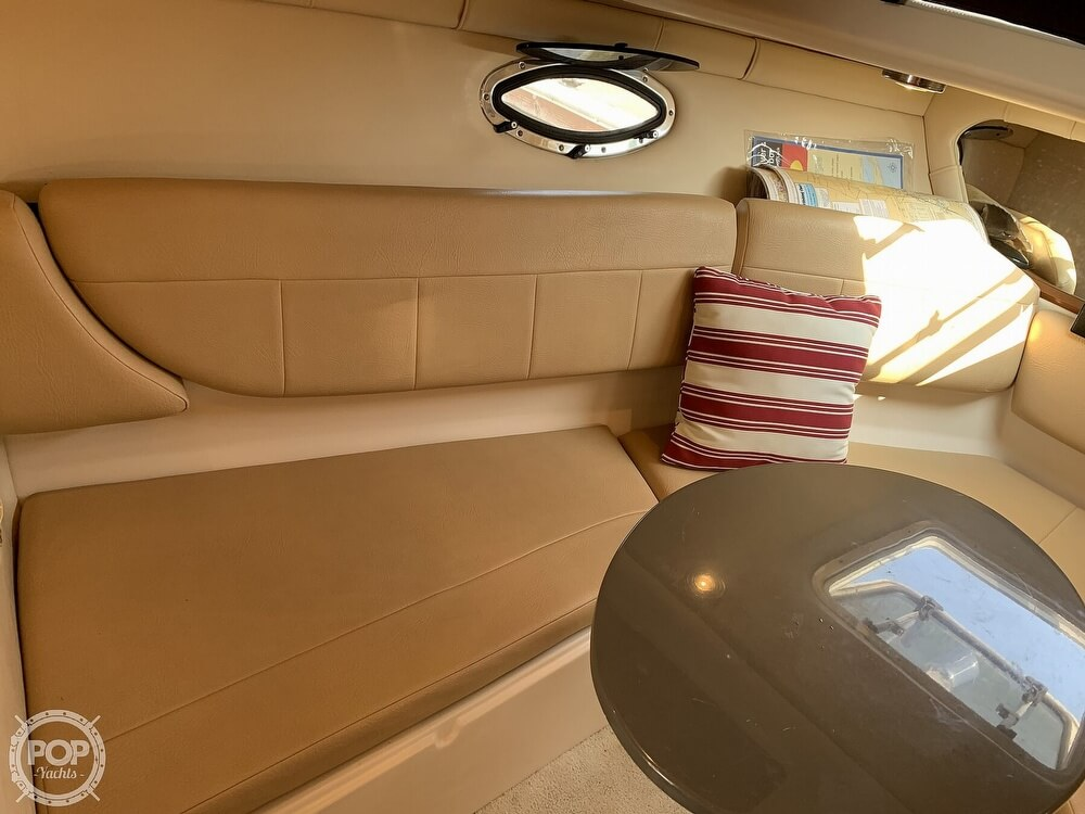 2008 Regal boat for sale, model of the boat is 2565 Window Express & Image # 19 of 40