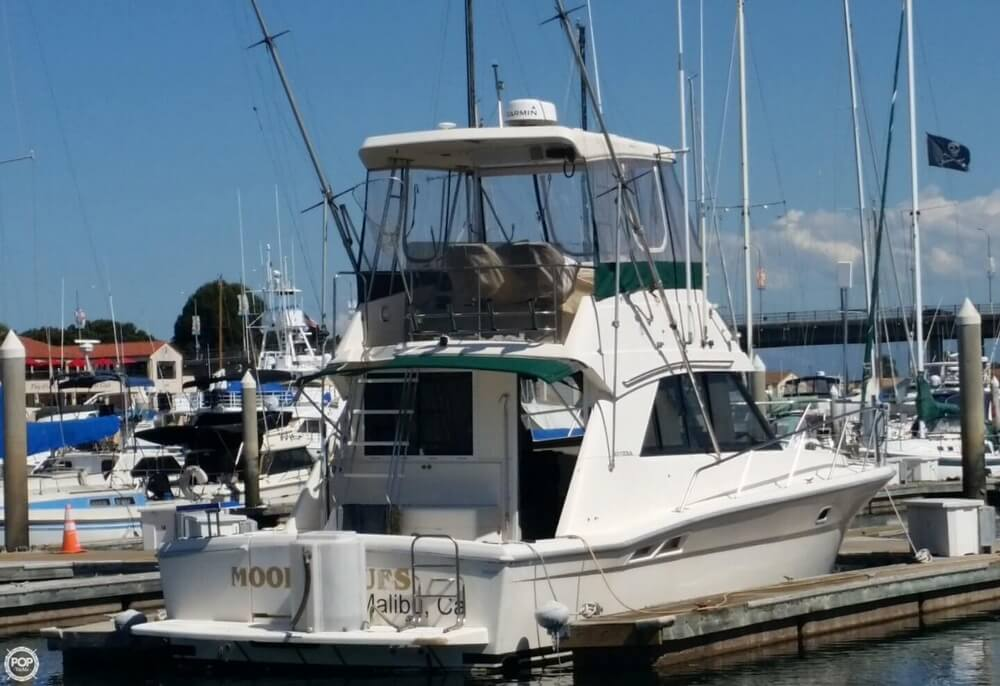 1994 Riviera boat for sale, model of the boat is 36 & Image # 24 of 40