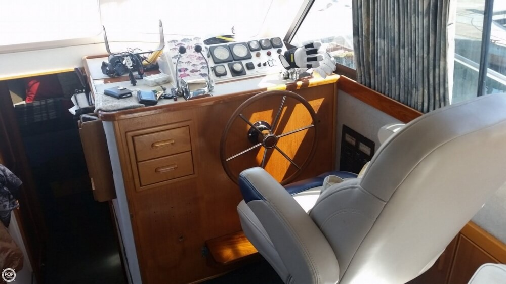 1994 Riviera boat for sale, model of the boat is 36 & Image # 9 of 40