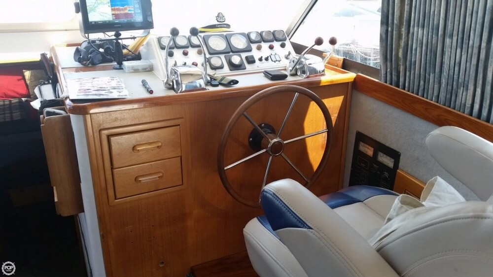1994 Riviera boat for sale, model of the boat is 36 & Image # 8 of 40