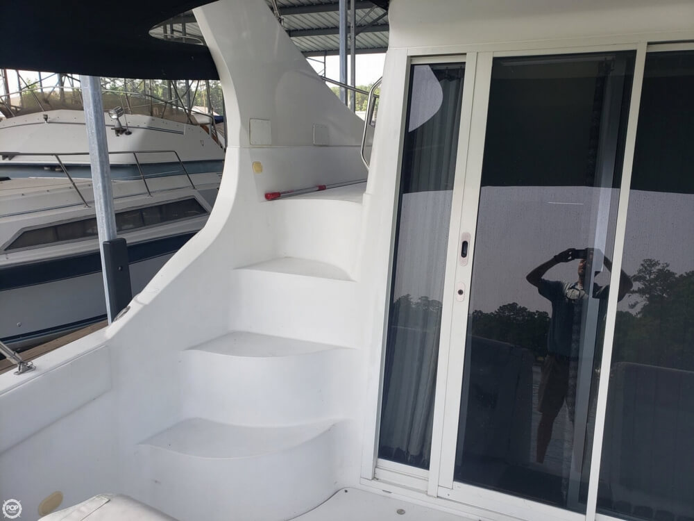 1998 Carver boat for sale, model of the boat is 350 Mariner & Image # 29 of 40