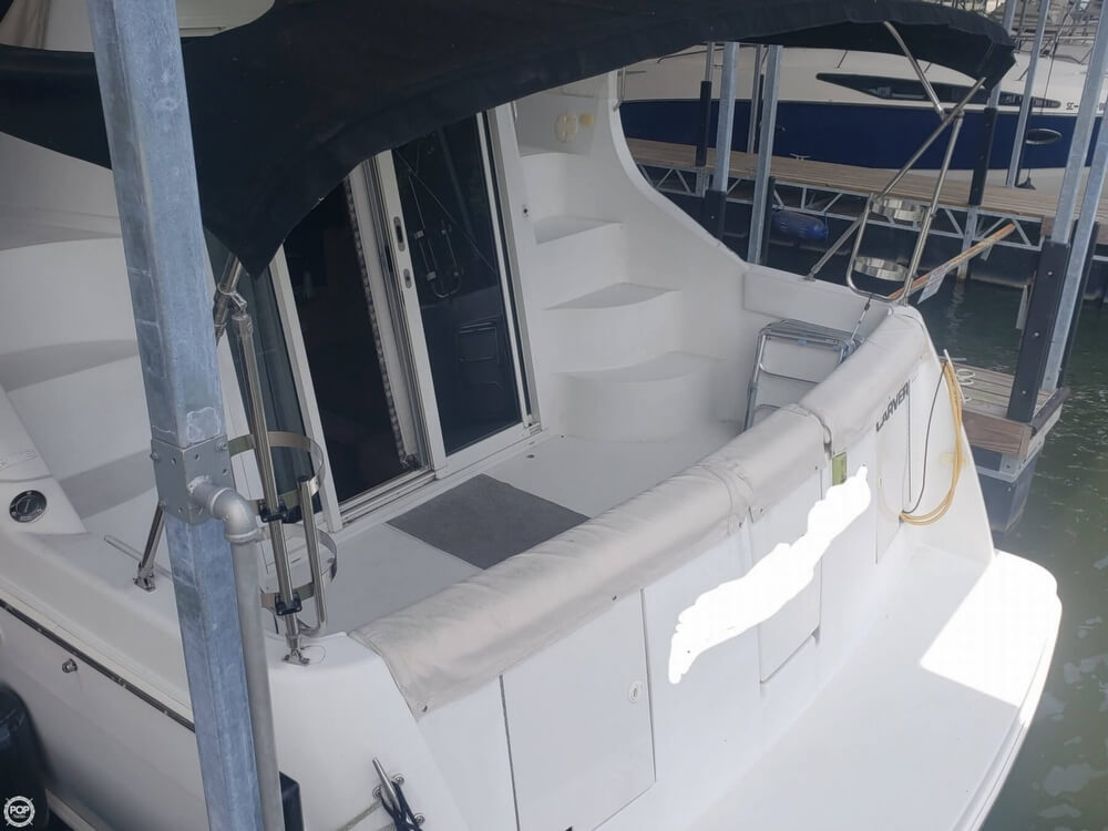 1998 Carver boat for sale, model of the boat is 350 Mariner & Image # 7 of 40
