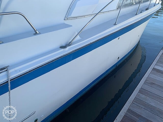 1969 Uniflite boat for sale, model of the boat is 36 & Image # 12 of 40