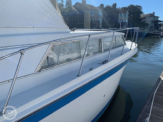 1969 Uniflite boat for sale, model of the boat is 36 & Image # 13 of 40