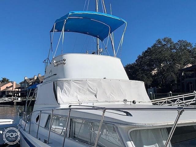 1969 Uniflite boat for sale, model of the boat is 36 & Image # 17 of 40