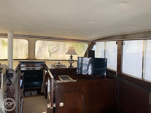 1969 Uniflite boat for sale, model of the boat is 36 & Image # 24 of 40