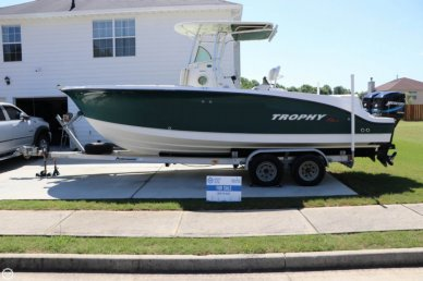 Trophy 2503CC, 25', for sale