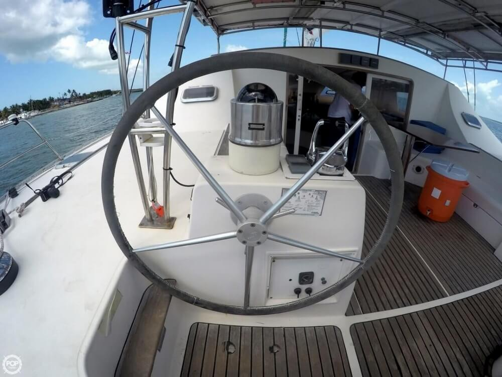 1994 Jeanneau boat for sale, model of the boat is Lagoon 47 & Image # 34 of 40