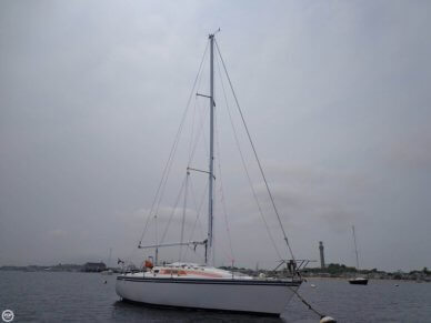 Hunter 28.5 SL Cruiser, 28, for sale - $11,750