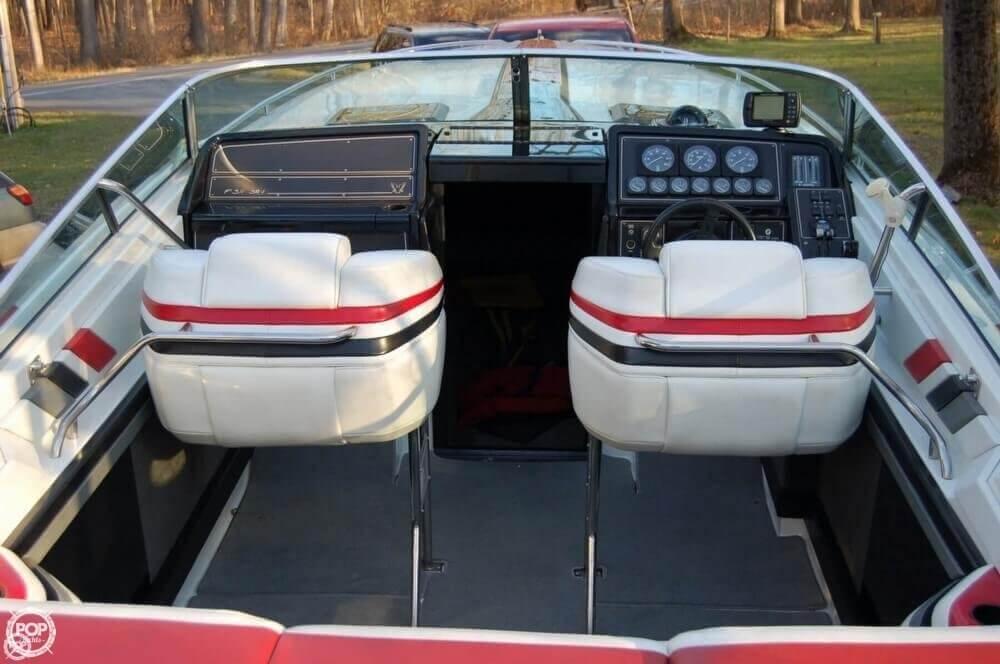 1988 Formula boat for sale, model of the boat is F-311 SR 1 & Image # 16 of 40