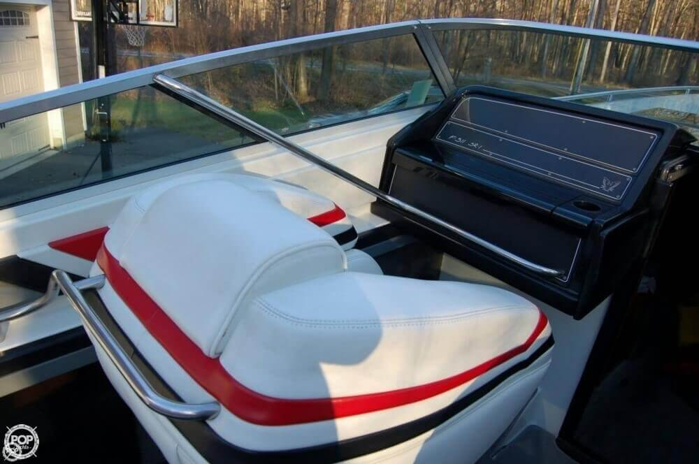 1988 Formula boat for sale, model of the boat is F-311 SR 1 & Image # 31 of 40