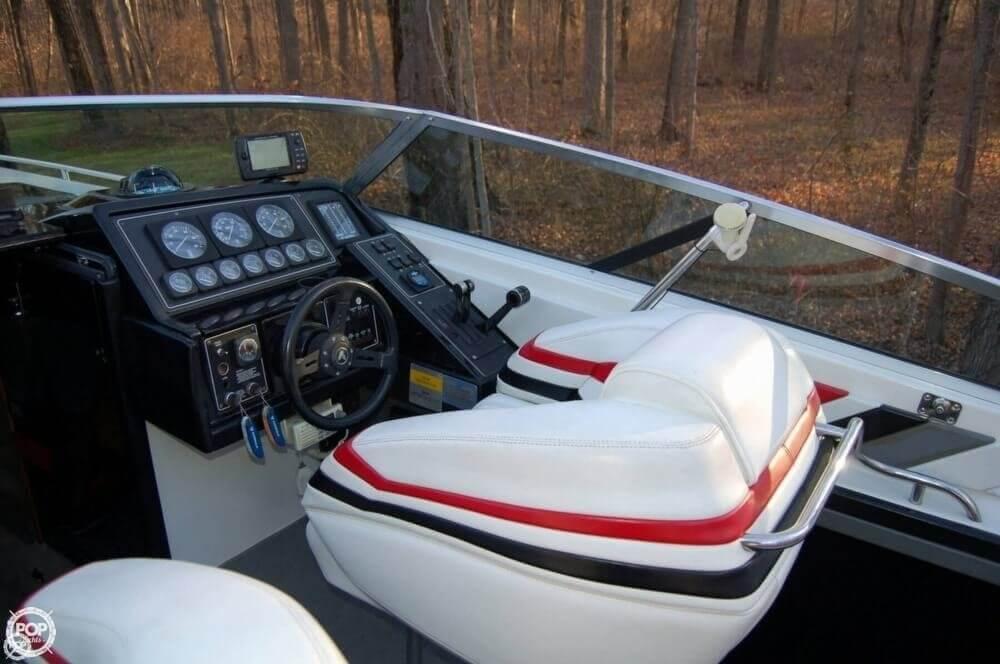 1988 Formula boat for sale, model of the boat is F-311 SR 1 & Image # 32 of 40