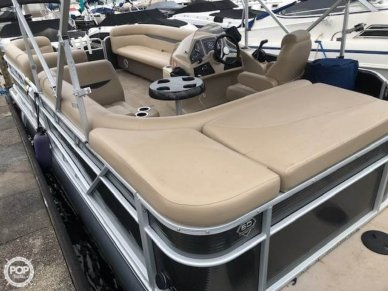 Sweetwater 2186C Sport by Godfrey, 20', for sale - $33,000