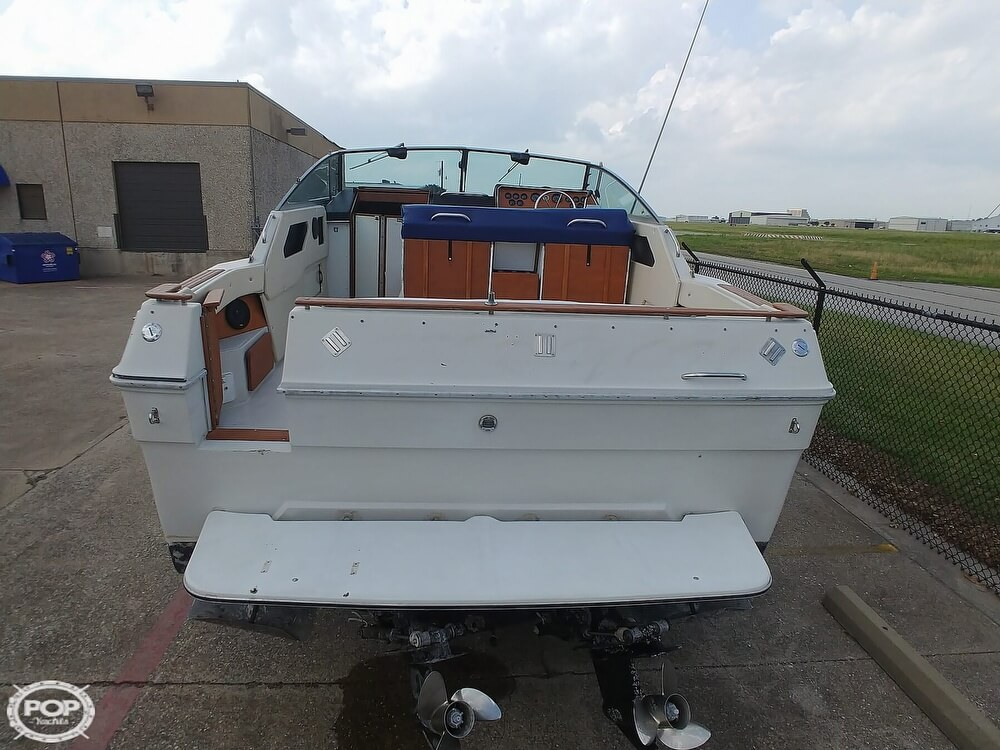 1986 Sea Ray boat for sale, model of the boat is SRV 300 Sundancer & Image # 5 of 40