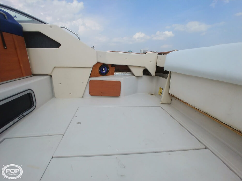1986 Sea Ray boat for sale, model of the boat is SRV 300 Sundancer & Image # 30 of 40