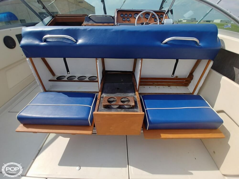 1986 Sea Ray boat for sale, model of the boat is SRV 300 Sundancer & Image # 38 of 40