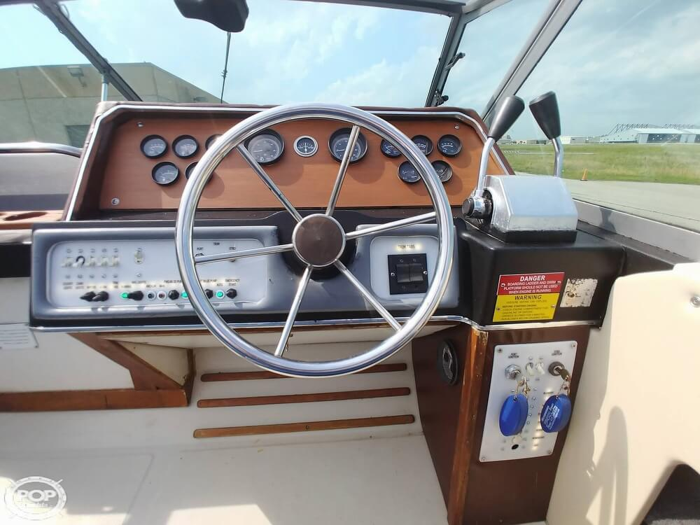1986 Sea Ray boat for sale, model of the boat is SRV 300 Sundancer & Image # 9 of 40