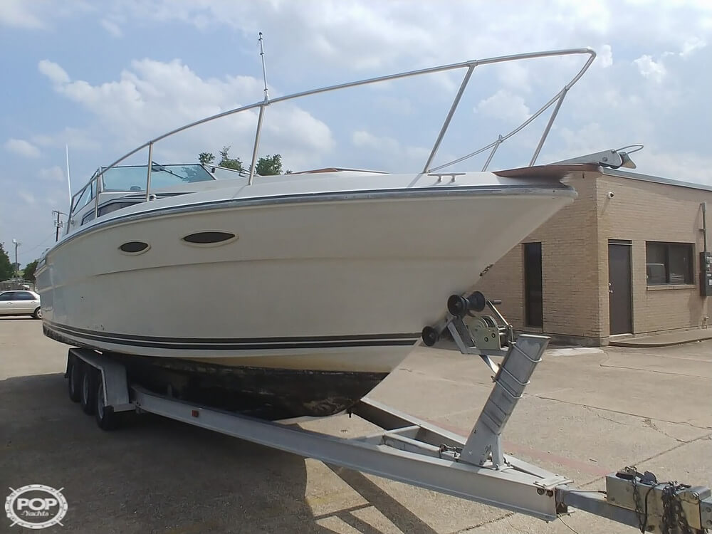 1986 Sea Ray boat for sale, model of the boat is SRV 300 Sundancer & Image # 20 of 40