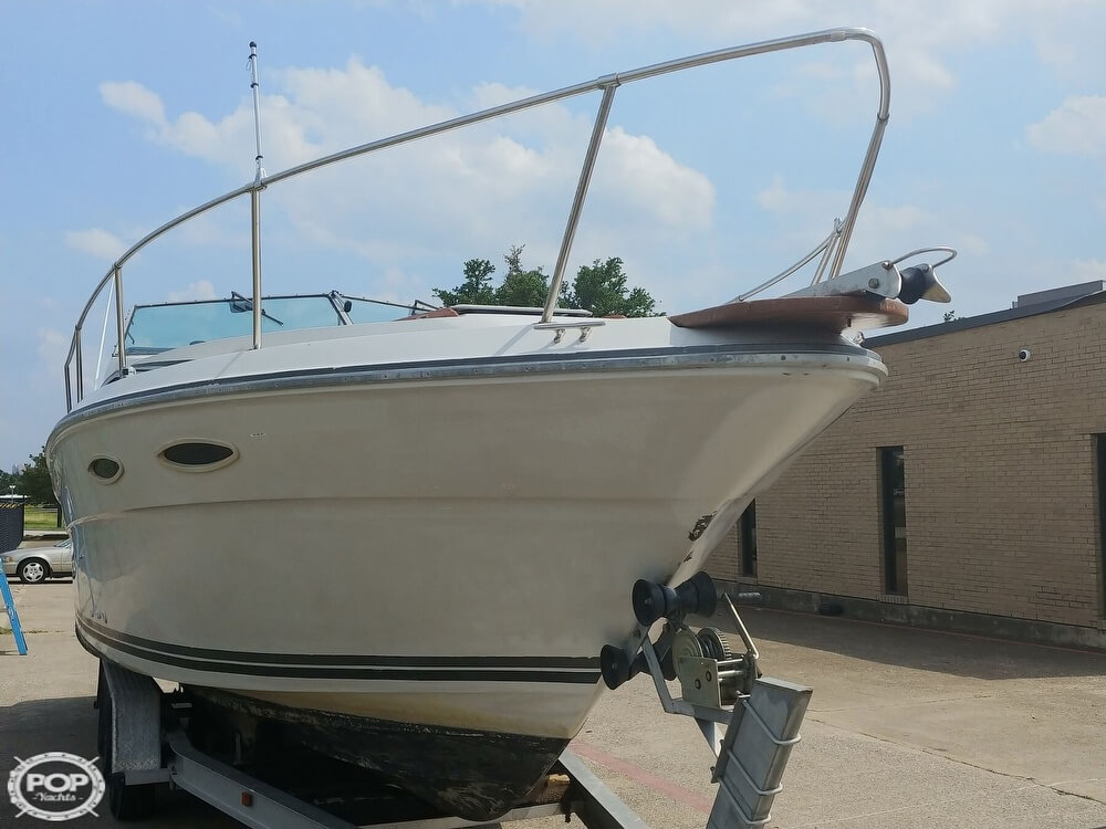 1986 Sea Ray boat for sale, model of the boat is SRV 300 Sundancer & Image # 22 of 40