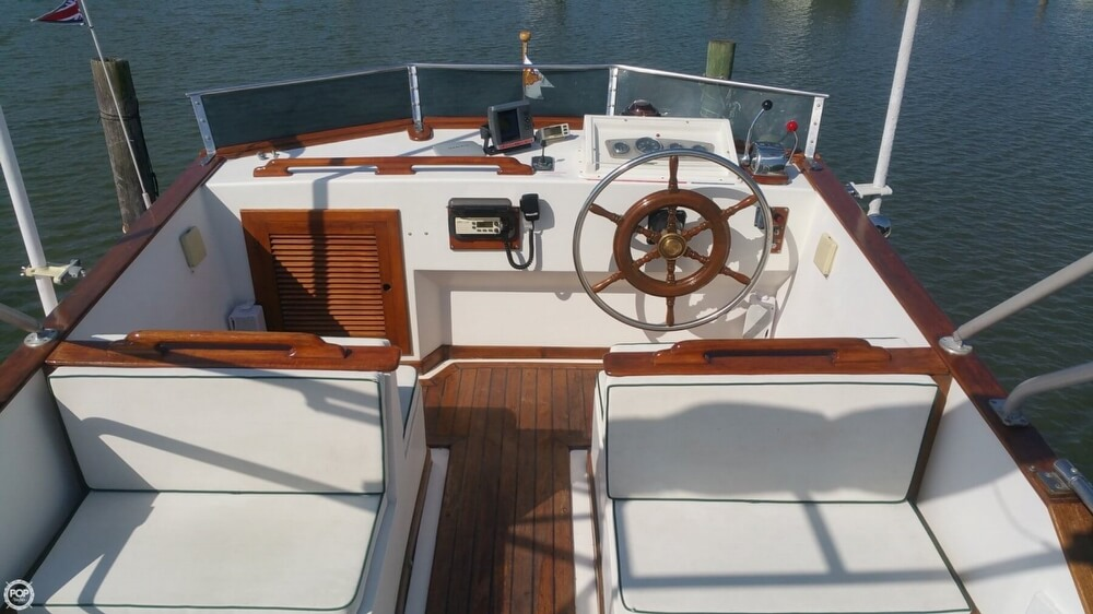1984 Chien Hwa boat for sale, model of the boat is CHB 34 DC & Image # 5 of 40