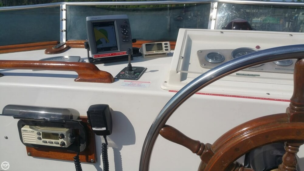 1984 Chien Hwa boat for sale, model of the boat is CHB 34 DC & Image # 24 of 40