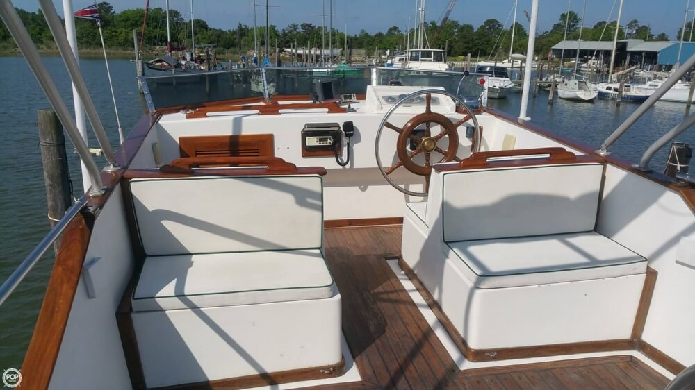 1984 Chien Hwa boat for sale, model of the boat is CHB 34 DC & Image # 28 of 40