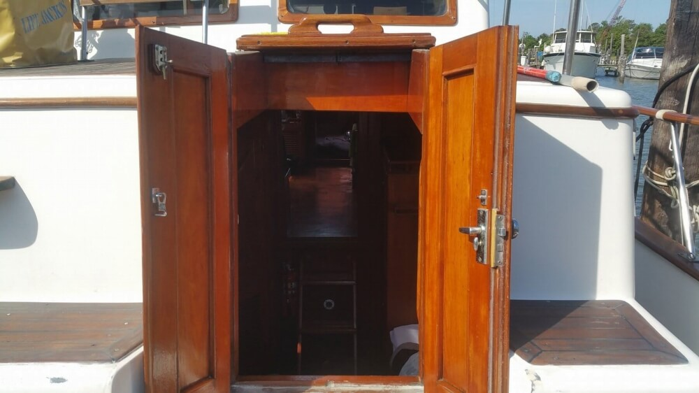 1984 Chien Hwa boat for sale, model of the boat is CHB 34 DC & Image # 31 of 40