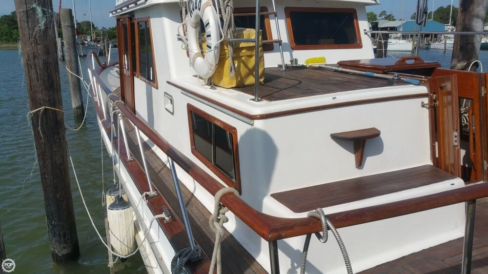 1984 Chien Hwa boat for sale, model of the boat is CHB 34 DC & Image # 35 of 40