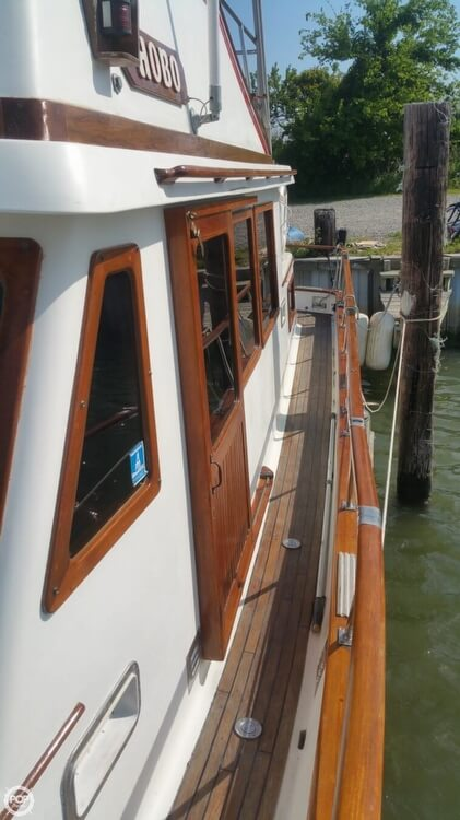 1984 Chien Hwa boat for sale, model of the boat is CHB 34 DC & Image # 37 of 40