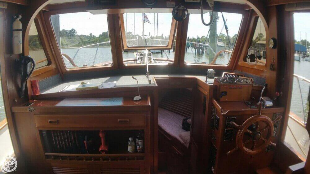 1984 Chien Hwa boat for sale, model of the boat is CHB 34 DC & Image # 9 of 40