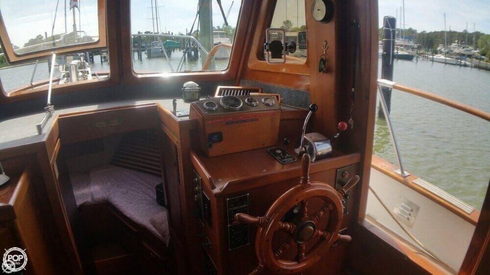 1984 Chien Hwa boat for sale, model of the boat is CHB 34 DC & Image # 12 of 40