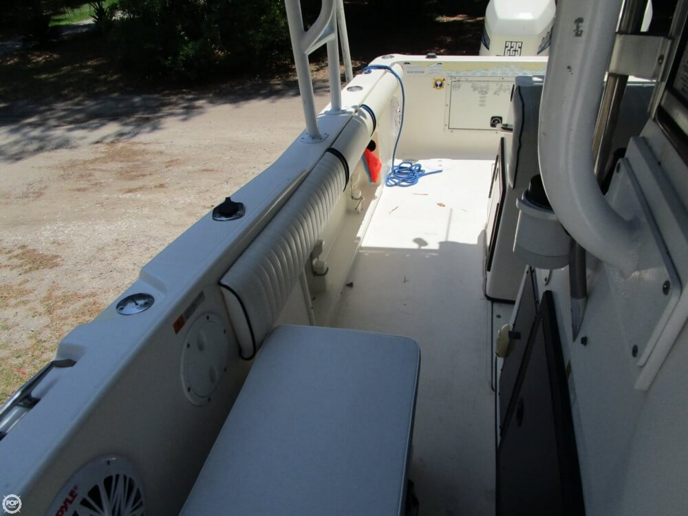 1999 Hydra-Sports boat for sale, model of the boat is 2450 Vector & Image # 7 of 40