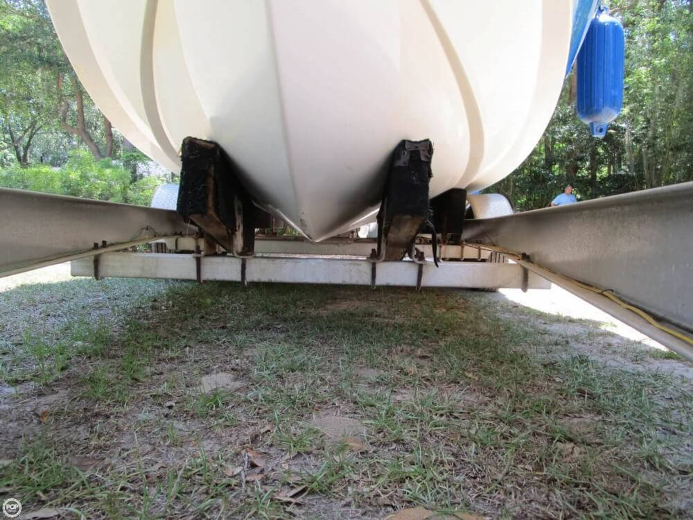 1999 Hydra-Sports boat for sale, model of the boat is 2450 Vector & Image # 36 of 40