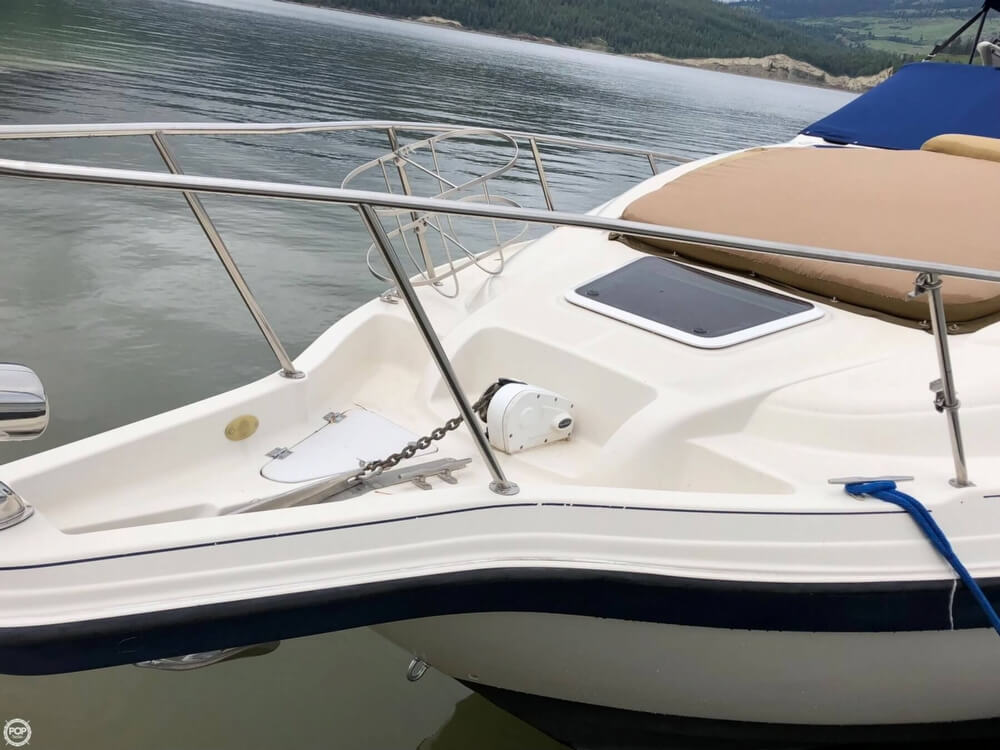 1997 Regal boat for sale, model of the boat is 2750 COMMODORE & Image # 4 of 40