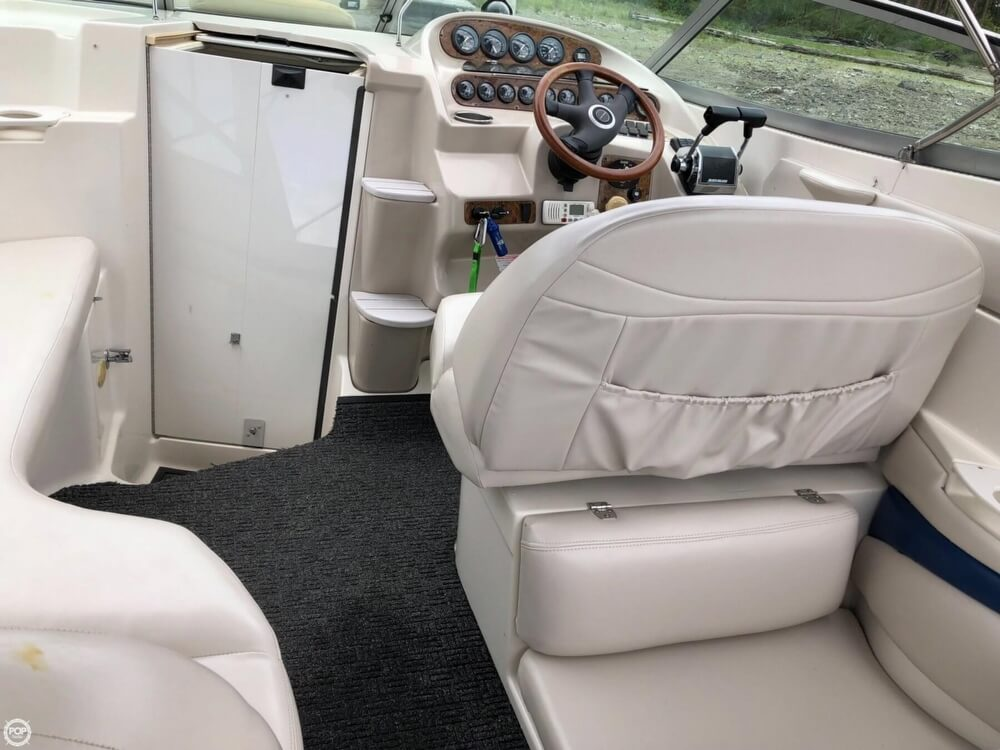 1997 Regal boat for sale, model of the boat is 2750 COMMODORE & Image # 38 of 40