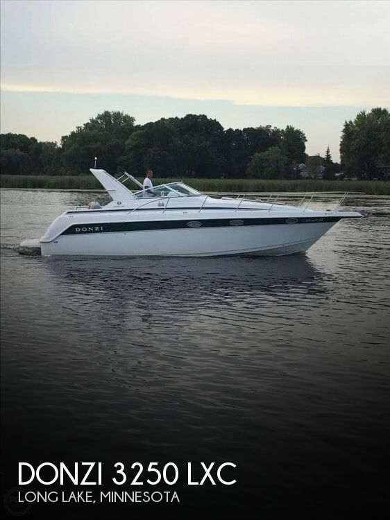 1999 Donzi boat for sale, model of the boat is 3250 LXC & Image # 1 of 40